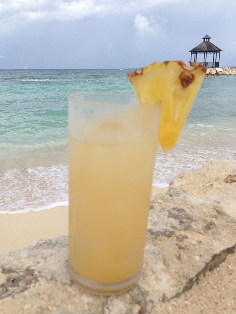 Bella Travel Pina Colada