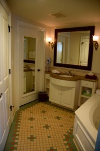 Disney Saratoga Springs Master Bath
